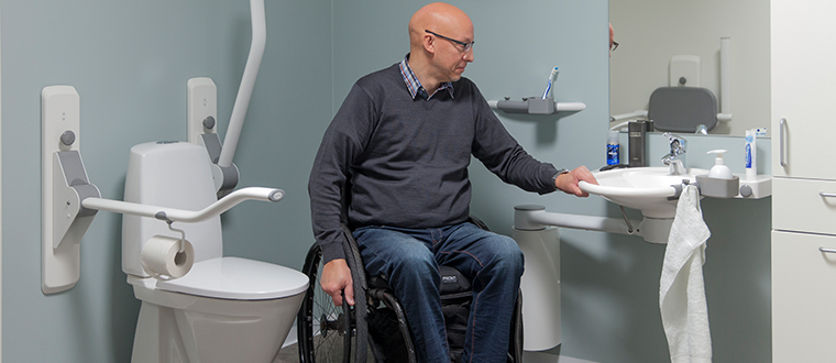 SwingLine washbasin / håndvask with wheelchair
